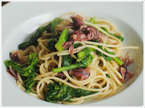 ホタルイカと菜の花のアーリオオーリオのスパゲッティ