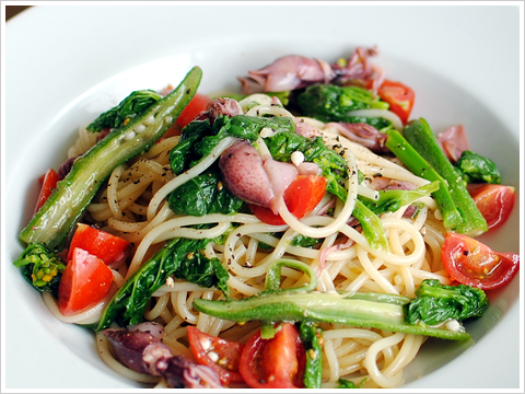 ホタルイカと菜の花、オクラの冷製スパゲッティ