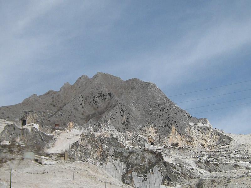 ミケランジェロも愛した石切り場、カッラーラのファンティスクリッティ