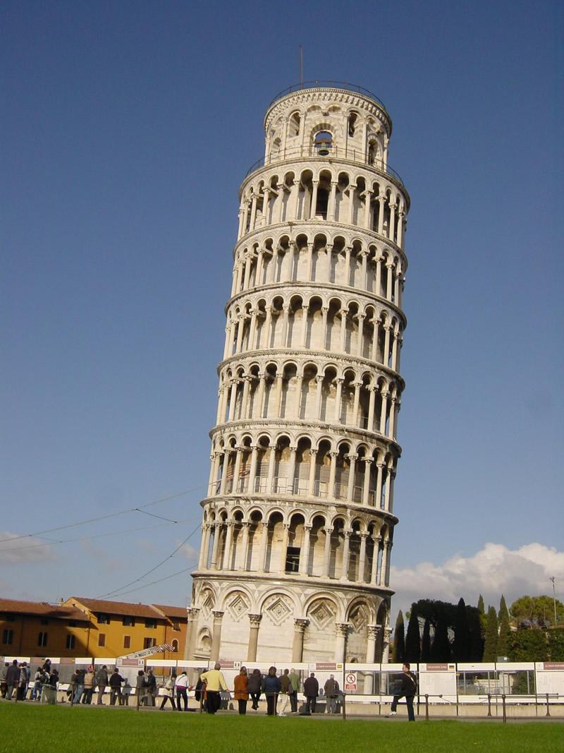 ピサの斜塔01